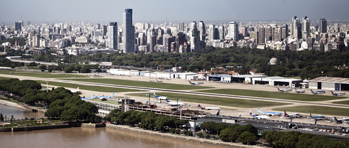 https://turismo.buenosaires.gob.ar/sites/turismo/files/aeroparuqe_aerea_705x300.jpg