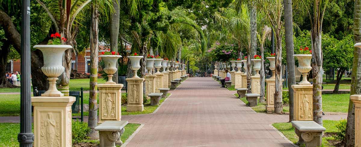 Parque lezama sitio oficial de turismo de la ciudad de for Jardines lujosos